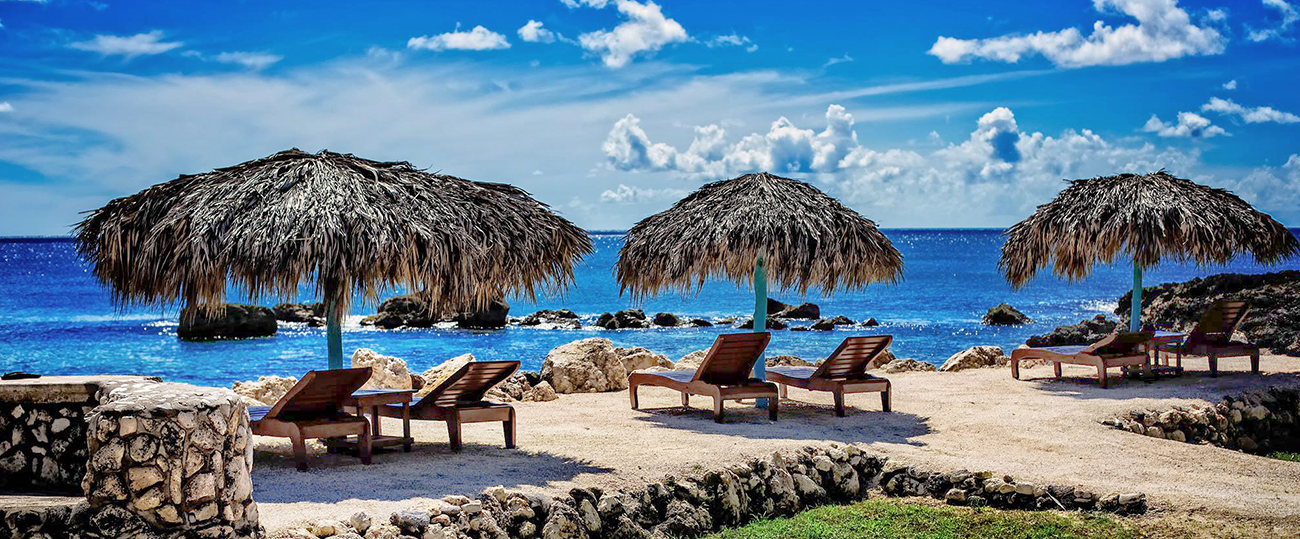 BeachChair_MainPageVisuals_1300X539